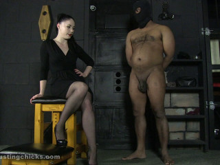Ballbustingchicks - Sophia - Ridiculous Penis