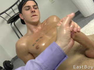 Martin Gajda - Massage - Hand job - Money-shot