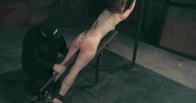 Emmazing sexy slave