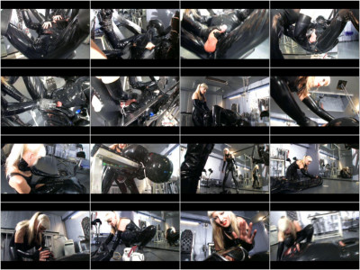 Fraulein Mina - Kinky Rubber Excess