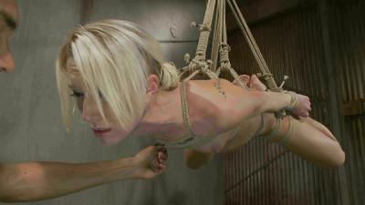 Chained Fuck Slut Mickey Mod