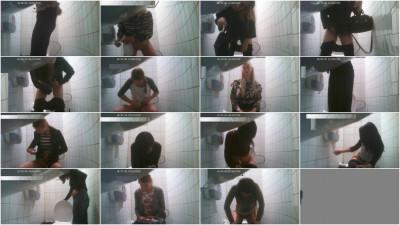 Hidden Camera in the student toilet 5