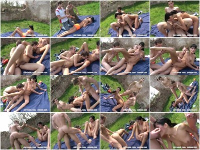 Bisex In Nature (guys, style, watch, sexy)