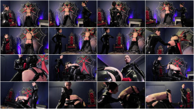 Cybill Troy - Elbow Deep Double Fisting & Strap-On