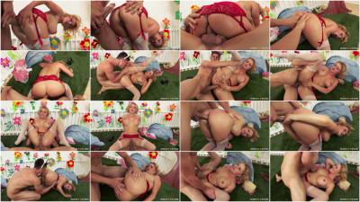 Big Tits Blond Krissy Lynn Assfucked By Big Dick