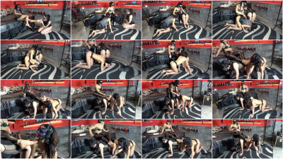 Mistress Gaia - Obedient Foot Lickers