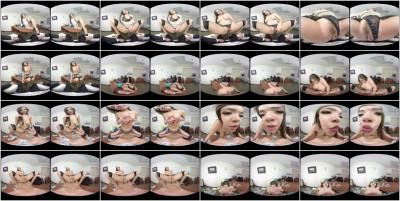 Cassidy Banks 3D VR Porn — Jun 08, 2017