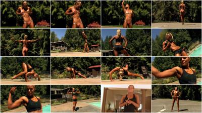 Samantha Theisen — Fitness Model