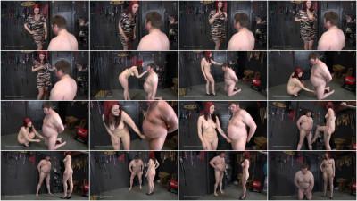 Ballbustingchicks - Nudist Ballbuster