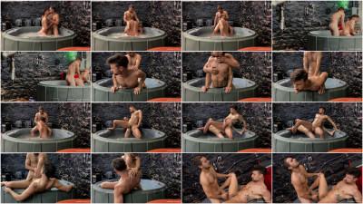 Johnny Rapid — Hot Tub Humping