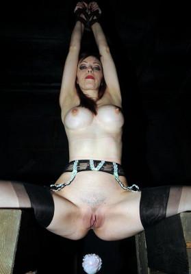 Hottest slave in bondage