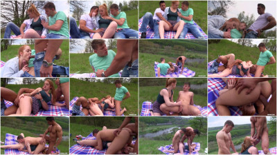 bisexual car blow - (Great Bisex Time with Sweet Redhead)