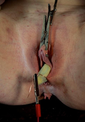 Very good BDSM Sex for a little slave