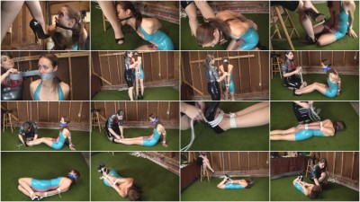 Madalynn Raye And Elizabeth Andrews : Latex Shoe Worshipping Secretaries...