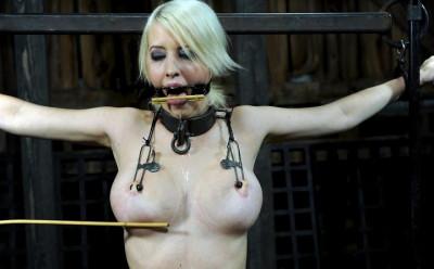 Brutal breast bondage for Torn