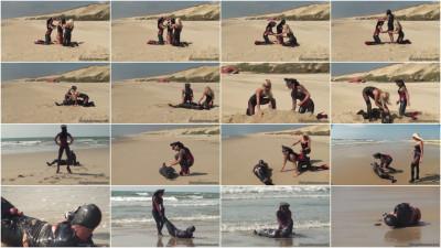 Clingfilm Fun On The Beach