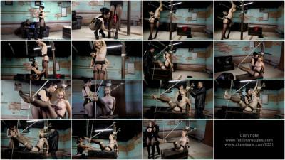 Ariel Anderssen, Raven Eve - The Torturer's Apprentice