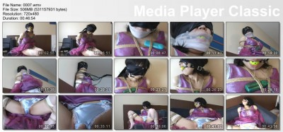 Delicate Japanese in home BDSM