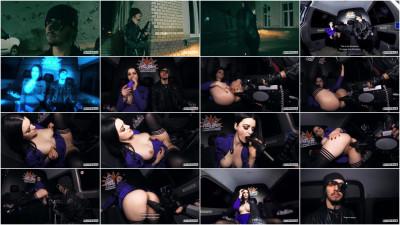 Alissa Noir — Horny brunette DP masturbation with fuck machine (2018)