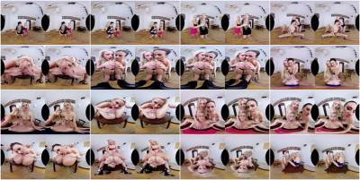 Dancing Babes Turn Naughty Smartphone