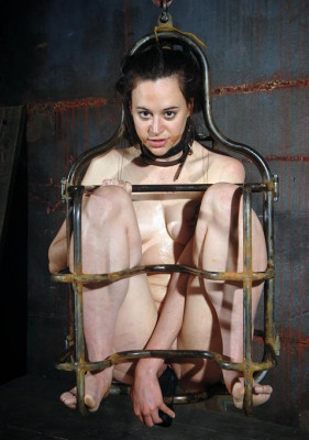 Body in chains