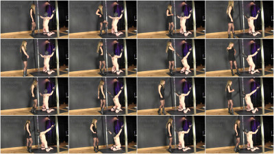 Ballbusting World - Booted Ballkicking