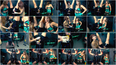 Mistress Miranda in Spin On My Big Strapon Pt 1-2