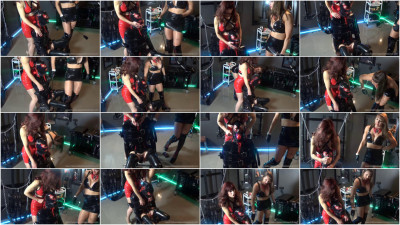 Mistress Miranda In Electric Paddle 2/4