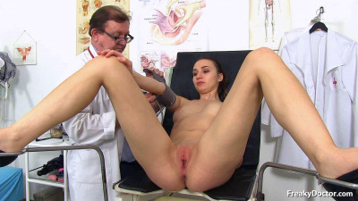Czech cutie Mara physical exam then gyno exam