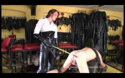 Strap-On Venus Wank With The Riding Mistress Finale