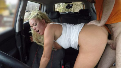 Rebecca Jane Smyth - Sloppy titwank and backseat blowjob FullHD 1080p