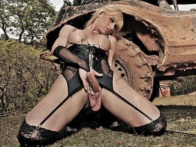 Big Dick TS Mistress Thayla Oliveira