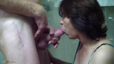 Description Mature Woman Sucks A Cock
