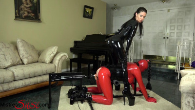 Mistress Susi - The Rubberdoll On The Fucking Machine