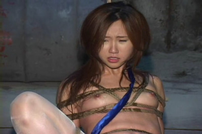 As Japanese virgin get an orgasm in BDSM
