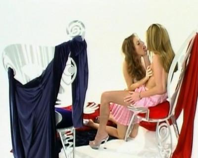Lesbian love sharing