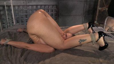 Syren De Mer tied down and fucked hard without by mercy by two cocks