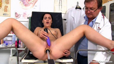 Description A Doctor's Visit with Pleasure - Kizzy Sixx - HD 720p