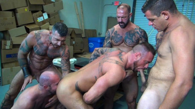 RawFuckClub — Michael Roman's Gang Bang Part 1