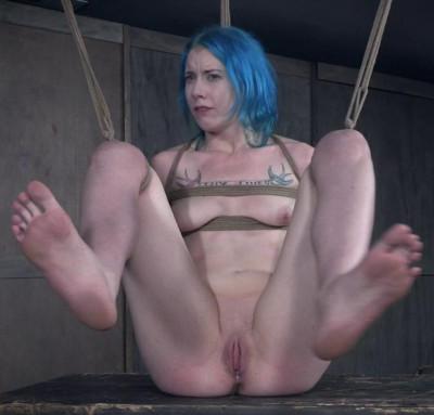 Description Tall bondage slut Lux Lives