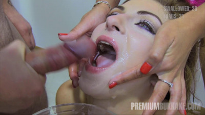 Milena Cum-swallowing Bukkake Session
