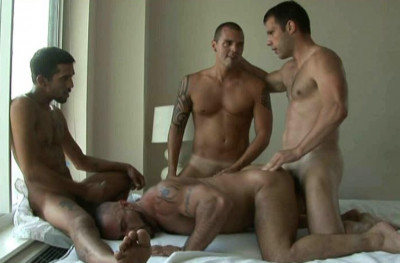 Rough Anal With Gangbang At New York City
