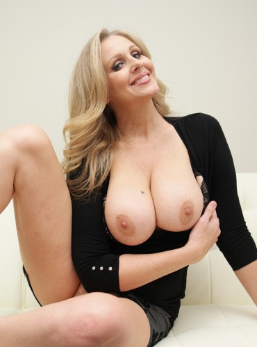 Julia Ann - Let's Play While man's Away Handjob Titjob With Julia Ann 1080p