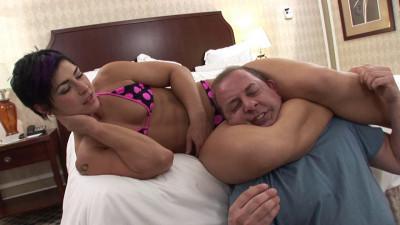 HD Femdom Sex Videos Ko's Cure For The Scissor Addict