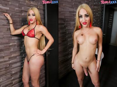 Sexy Blonde Ximena Flores