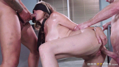 Description Sex With Pretty Girl During A Break In The Office