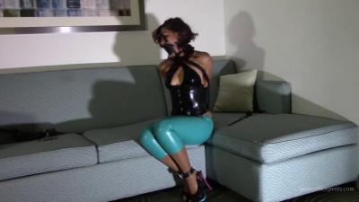Enchantress Sahrye – Latex Hotel Bondage Fun