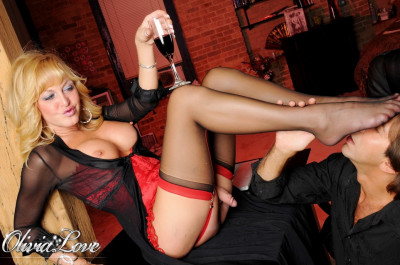 Olivia Love – Foot Worship- Download Transsexual HD