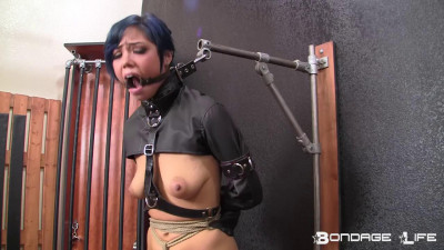 Sasha Darling – Sasha's New Jacket – HD 720p