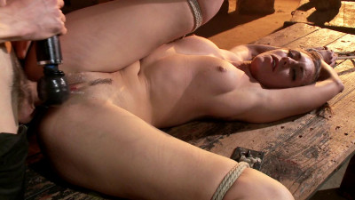 Learning to be a Good Submissive(Owen Gray, Rilynn Rae)